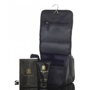 Trussardi Uomo Black Extreme Eau de Toilette 100ml + Shower Gel 100ml + Trousse